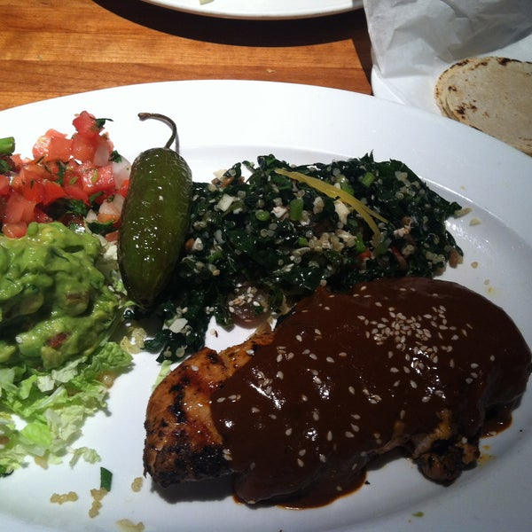 The mole chicken tacos was very flavorful!