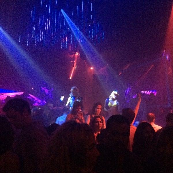 Photo prise au Spazio Nightclub par Giovanny V. le8/17/2014