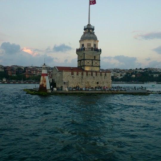 7/21/2013にYusuf T.がKız Kulesiで撮った写真