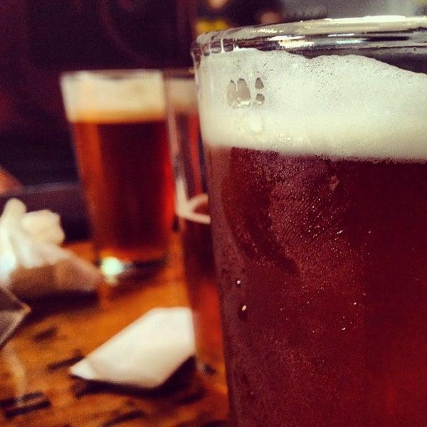6/20/2013にCalvinがBelching Beaver Breweryで撮った写真
