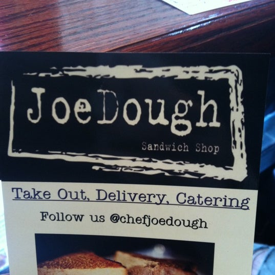 Foto tirada no(a) JoeDough Sandwich Shop por Lauren K. em 11/3/2012