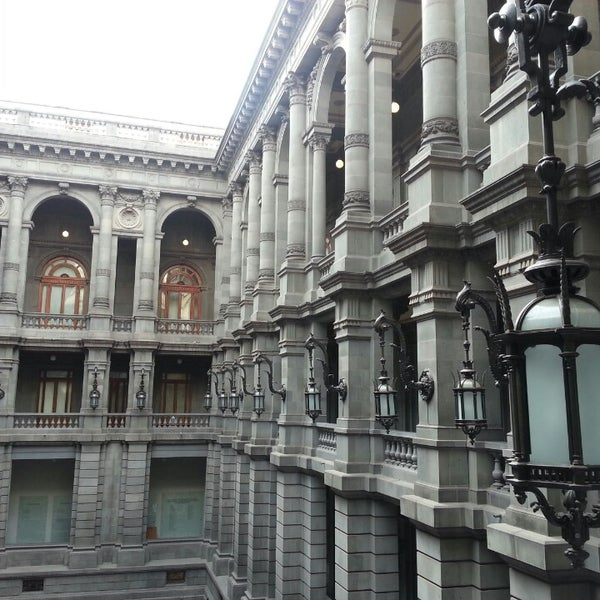 3/12/2013 tarihinde I 7.ziyaretçi tarafından Museo Nacional de Arte (MUNAL)'de çekilen fotoğraf