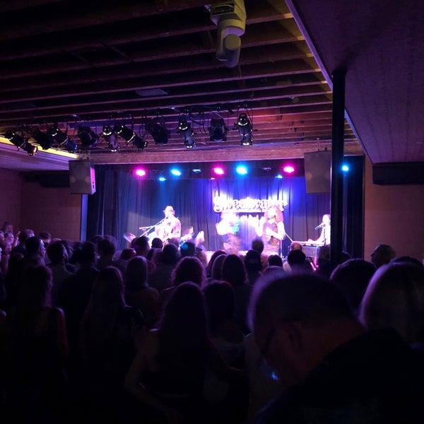 8/4/2018にCatherine B.がSweetwater Music Hallで撮った写真