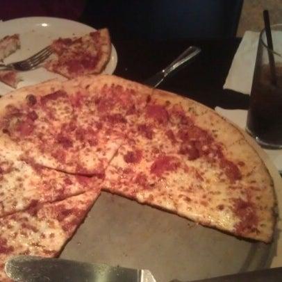 10/27/2012にJoey H.がJoey's Pizzeriaで撮った写真
