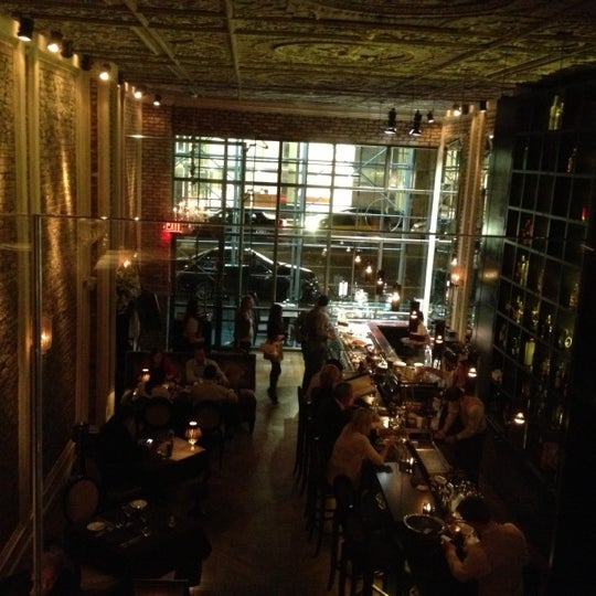 Foto tomada en Brasserie Pushkin por Nicholas el 9/30/2012