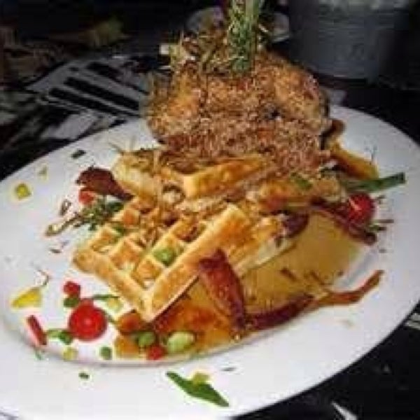 Done dancing and drink. Hungry? Hash house a gogo 24hrs in the Quad. A must!!!!