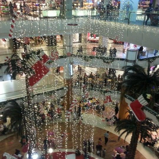 Foto tomada en Spectrum Cineplex por Kadir el 12/22/2012