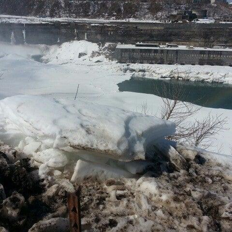 3/11/2014 tarihinde Greg L.ziyaretçi tarafından Niagara Falls USA Official Visitor Center'de çekilen fotoğraf
