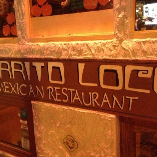 Foto scattata a Burrito Loco da Annie il 11/19/2012