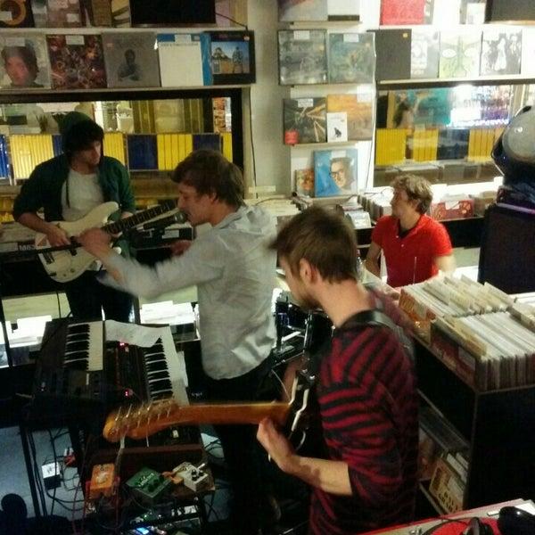 12/12/2015에 Diederik D.님이 Music Mania에서 찍은 사진