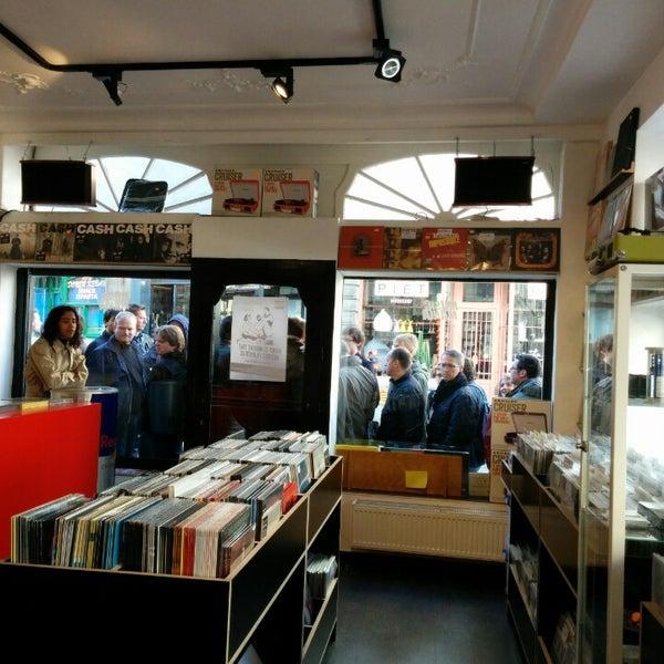 4/19/2014에 Diederik D.님이 Music Mania에서 찍은 사진
