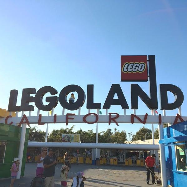 Foto tirada no(a) Legoland California por Manish H. em 7/19/2016
