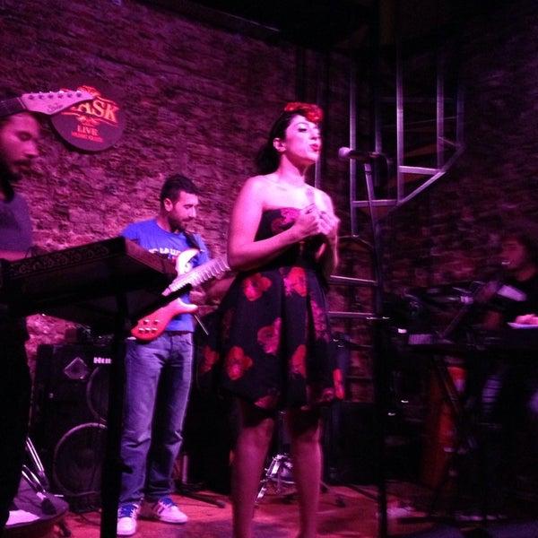 Foto diambil di Mask Live Music Club oleh Özlem pada 10/4/2013