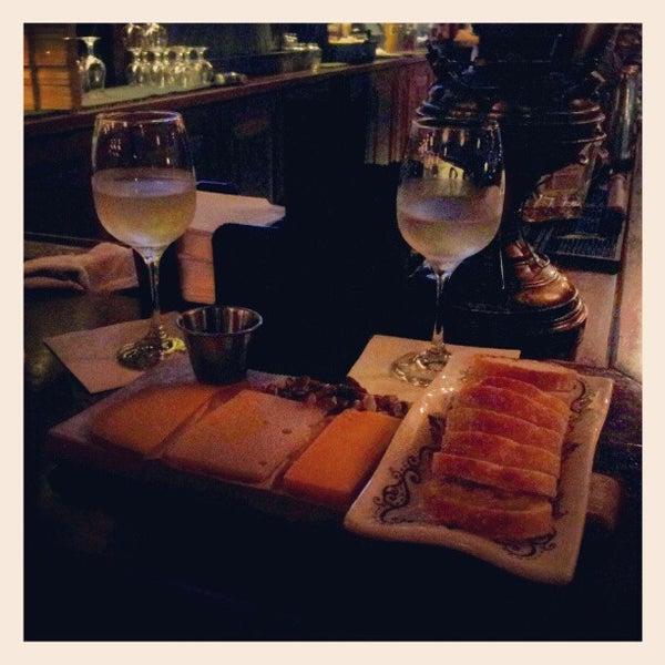 10/25/2012에 Brooke H.님이 Rumpus Room - A Bartolotta Gastropub에서 찍은 사진