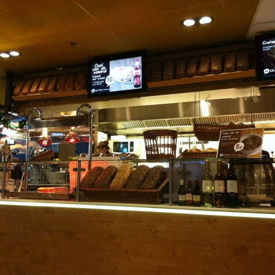 Photo taken at Dutch & Delicious by Shaymaa on 11/24/2012