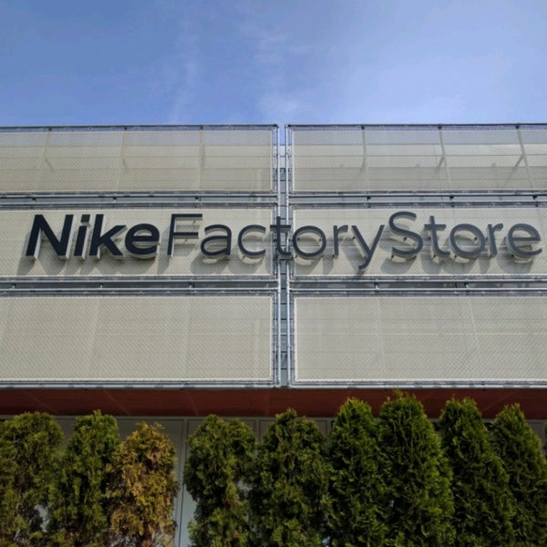 Nike Factory Store Outlet 5 Bewertungen Wustermark