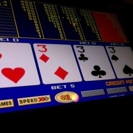 Foto scattata a Eldorado Resort Casino da Christopher B. il 11/16/2012
