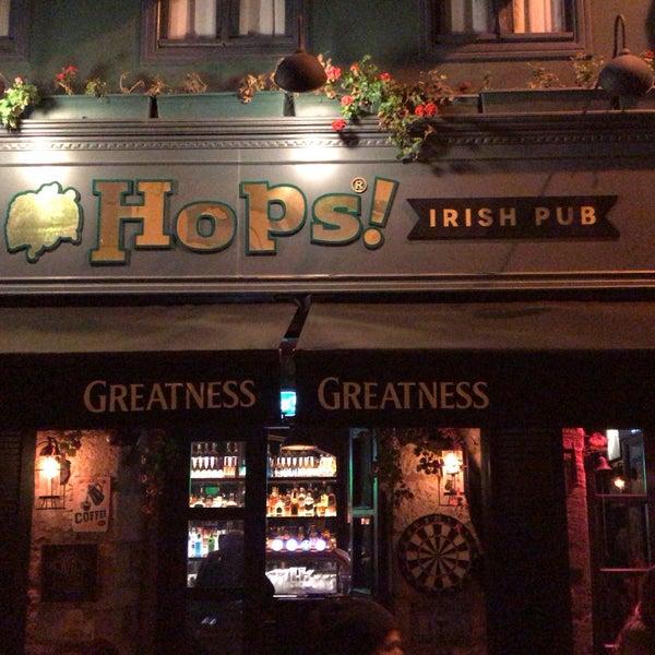 Foto diambil di Hops Irish Pub oleh Orhan A. pada 11/24/2018