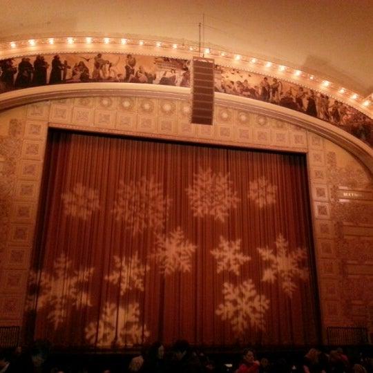 12/24/2012 tarihinde Michelle J.ziyaretçi tarafından Auditorium Theatre'de çekilen fotoğraf