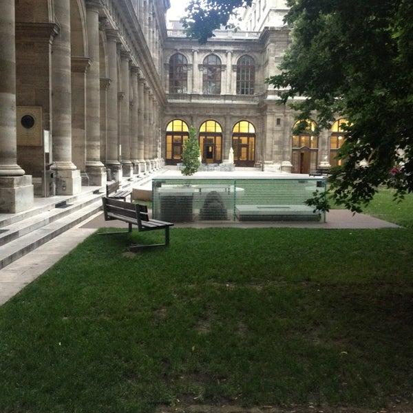 Foto tomada en Universität Wien por Dertsiz el 7/29/2013