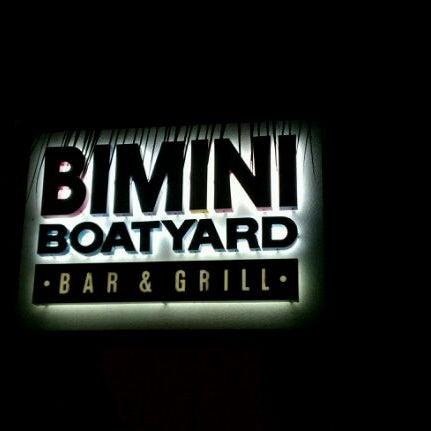 Photo prise au Bimini Boatyard Bar & Grill par Heath le8/13/2011