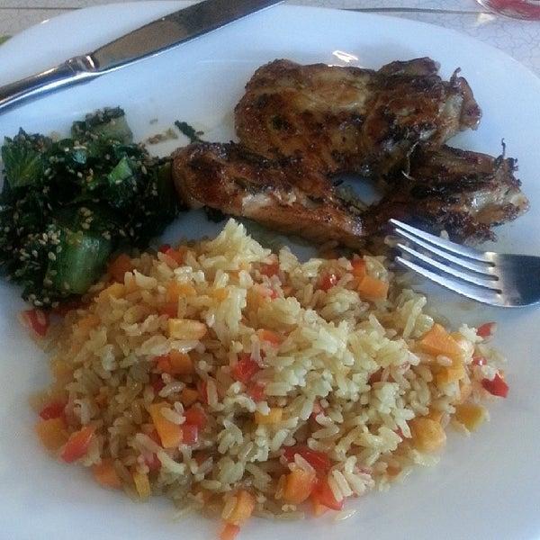Foto diambil di Bien! Gastronomia Funcional oleh Luiz F. pada 2/6/2014