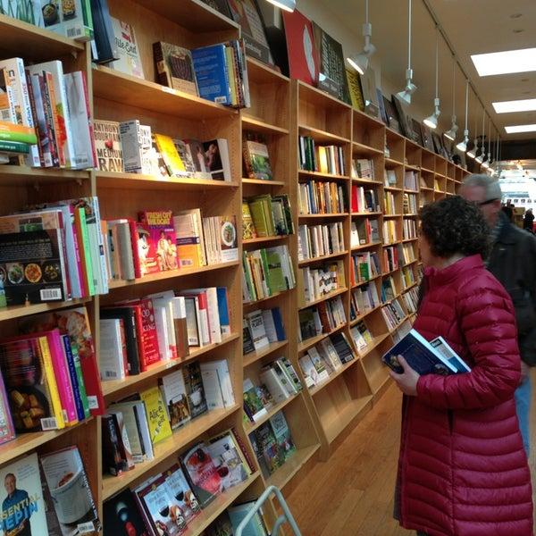 Das Foto wurde bei BookCourt von Peter H. am 3/24/2013 aufgenommen