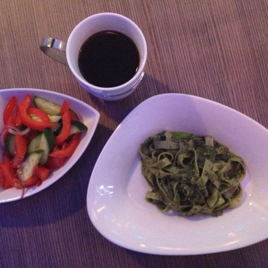 Снимок сделан в Cafe Studio 89,5fm пользователем Olga A. 11/7/2012