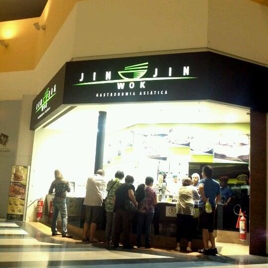 Das Foto wurde bei Shopping Campo Limpo von Vitor W. am 10/23/2012 aufgenommen