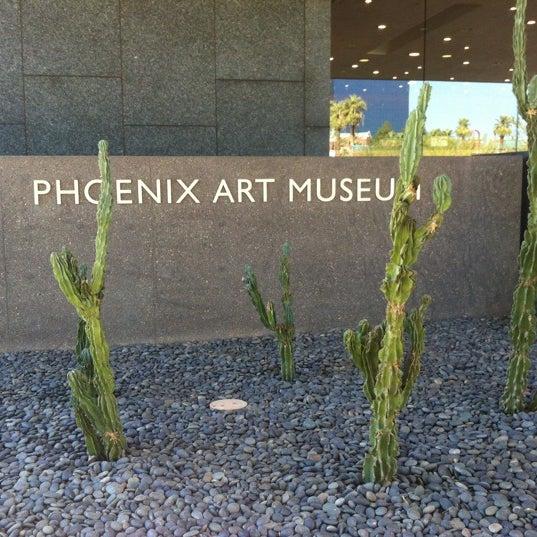 Снимок сделан в Phoenix Art Museum пользователем Kirsten M. 11/7/2012