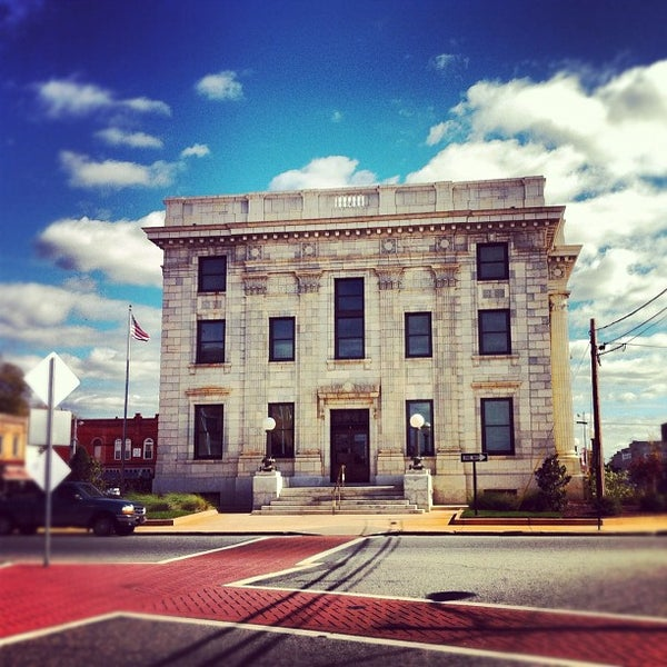 Alamance County Civil Courts Building - Courthouse