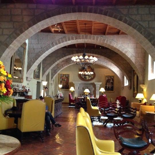 Foto diambil di Belmond Hotel Monasterio oleh Cin M. pada 11/29/2012