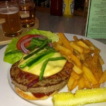 Das Foto wurde bei Snake River Brewery & Restaurant von Joe E. am 12/8/2012 aufgenommen