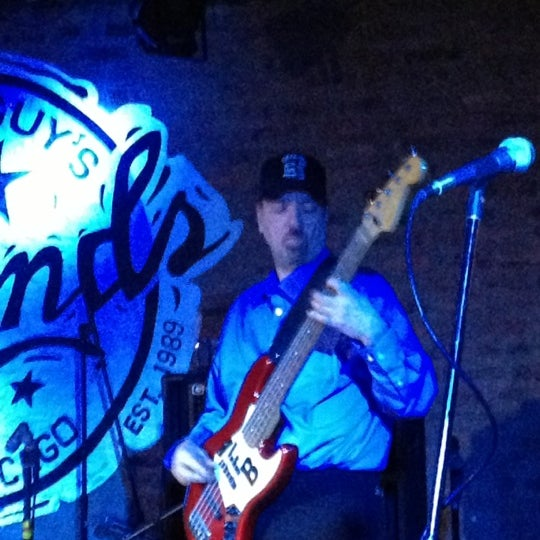 Foto tirada no(a) Buddy Guy's Legends por Nick O. em 10/7/2012