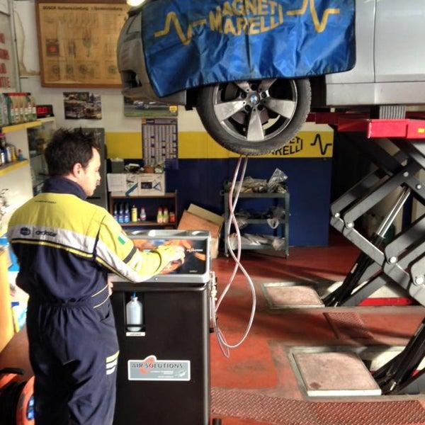 Novità 2016!!Da oggi Autofficina Capelli si prende cura anche dei vostri cambi automatici!La manutenzione è INDISPENSABILE per evitare rotture costose