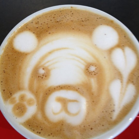 Das Foto wurde bei Elite Audio Coffee Bar von Holger L. am 11/26/2012 aufgenommen