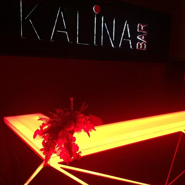 Foto tomada en Kalina Bar Restaurant por Gökmen Ç. el 1/8/2016
