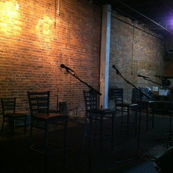 Foto scattata a The Listening Room Cafe da Matt M. il 1/30/2013
