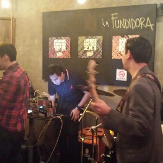Foto diambil di La Fundidora Cerveceria oleh LAdy majorette B. pada 9/21/2014