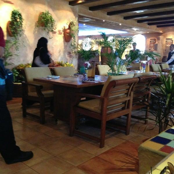 4/5/2013 tarihinde Eas A.ziyaretçi tarafından Caffe Aroma Ksa'de çekilen fotoğraf