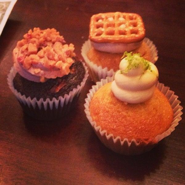 รูปภาพถ่ายที่ Prohibition Bakery โดย Kevin E. เมื่อ 4/27/2013