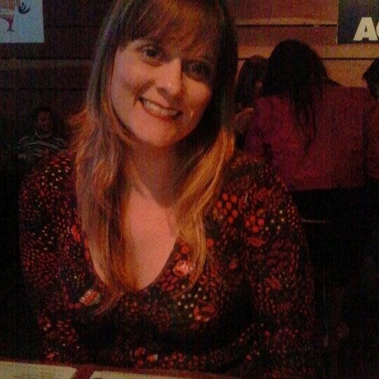 10/14/2012にDanielaがOzzie Pubで撮った写真