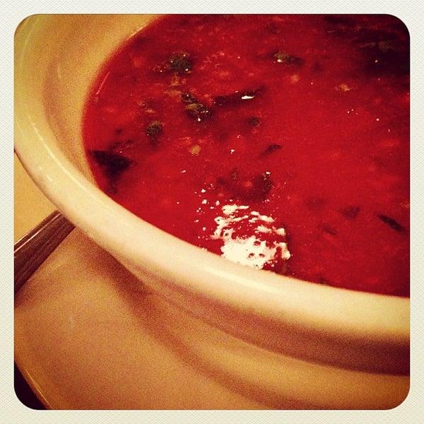 Foto tirada no(a) La Bonne Soupe por Christine K. em 7/8/2013