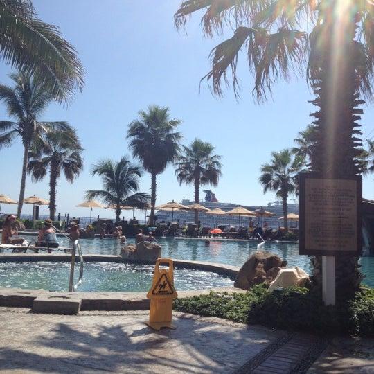 10/28/2012にRuthがVilla Del Arco Beach Resort & Spaで撮った写真