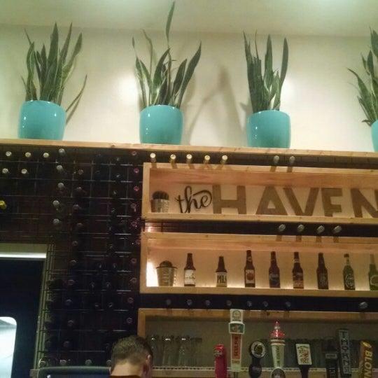 รูปภาพถ่ายที่ The Haven Pizzeria โดย Movie L. เมื่อ 3/10/2015