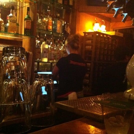 Photo prise au The Pour House par M Dean J. le11/9/2012