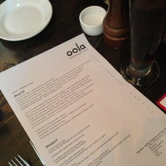รูปภาพถ่ายที่ Oola Restaurant & Bar โดย Chad M. เมื่อ 2/26/2013