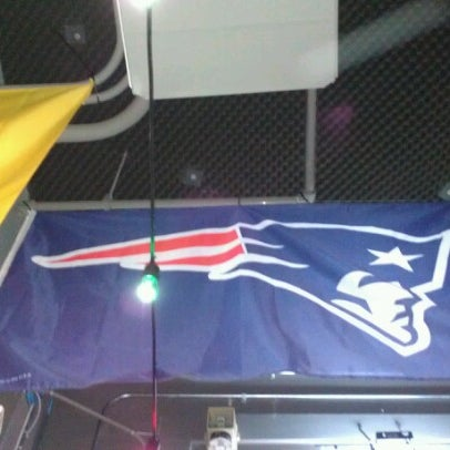 รูปภาพถ่ายที่ Bub's at the Ballpark โดย James H. เมื่อ 12/11/2012