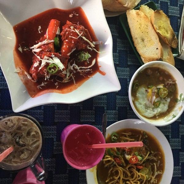 Photo Taken At Dapur Rita Tulang Merah Original By Syiqin M On 9
