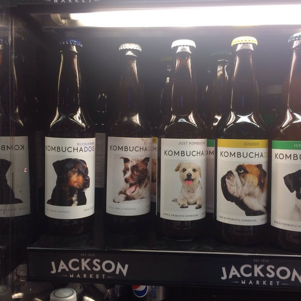 10/25/2015에 graceface k.님이 Jackson Market에서 찍은 사진